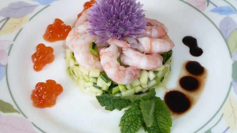 tartare de courgettes et crevettes