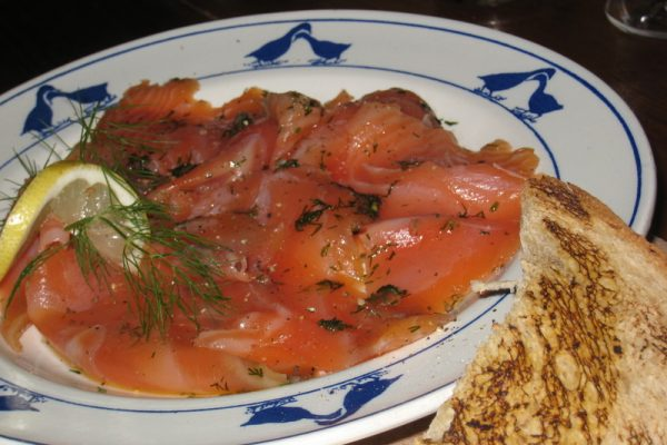 Le saumon mariné à la Scandinave