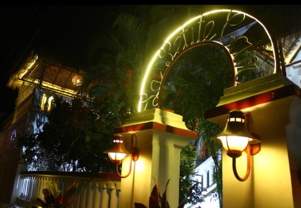 Restaurant «Petite Cour» … A Majunga