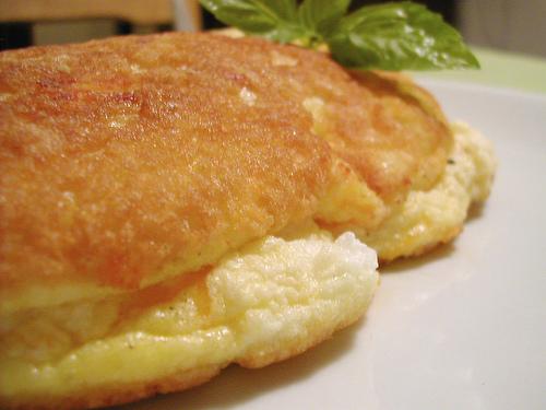Omelette soufflée à la feta