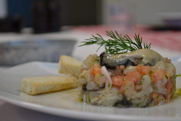 Tartare de bar aux huîtres