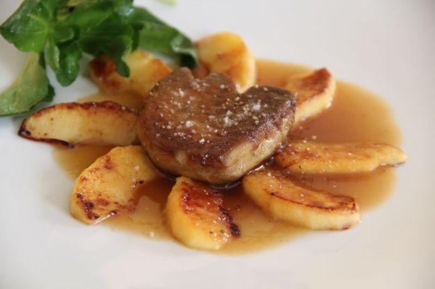escalope de foie gras au caramel de pomme